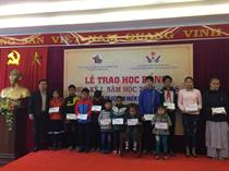 Trung tâm HĐ TTN tỉnh Thừa Thiên Huế: Trao học bổng Dioxin học kỳ I năm học 2017-2018