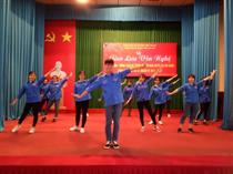 Trung tâm HĐ Thanh thiếu nhi tỉnh Yên Bái: Mừng Đảng Mừng Xuân
