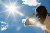 9 cách phòng, trị say nắng nhanh khi trời nắng nóng
