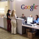 """Google """"làm tiền miễn phí"""" như thế nào?"""